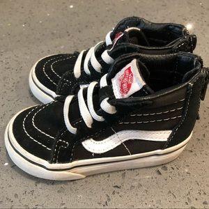 Size 5.5 toddler vans sneakers